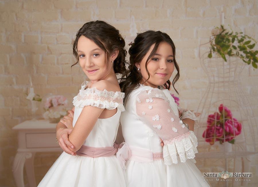 Candela y María, reportaje de comunión de dos hermanas